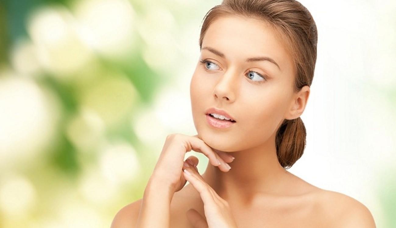 هل ما ترتديه يؤثر على صحة بشرتكِ